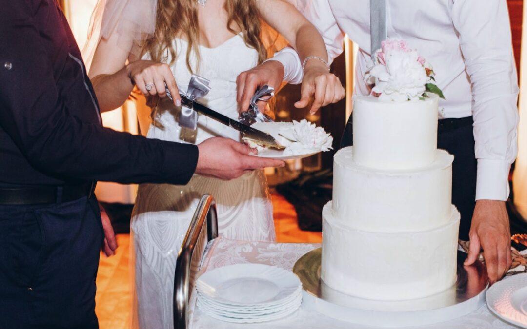 5 Wedding Cake Tasting Tips
